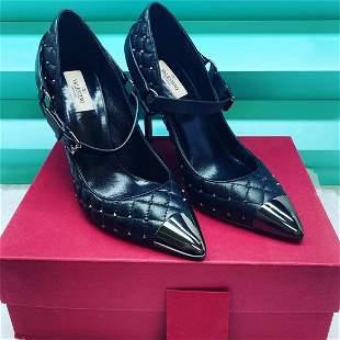 NEW Valentino Rockstud Quilted Black Lambskin pumps