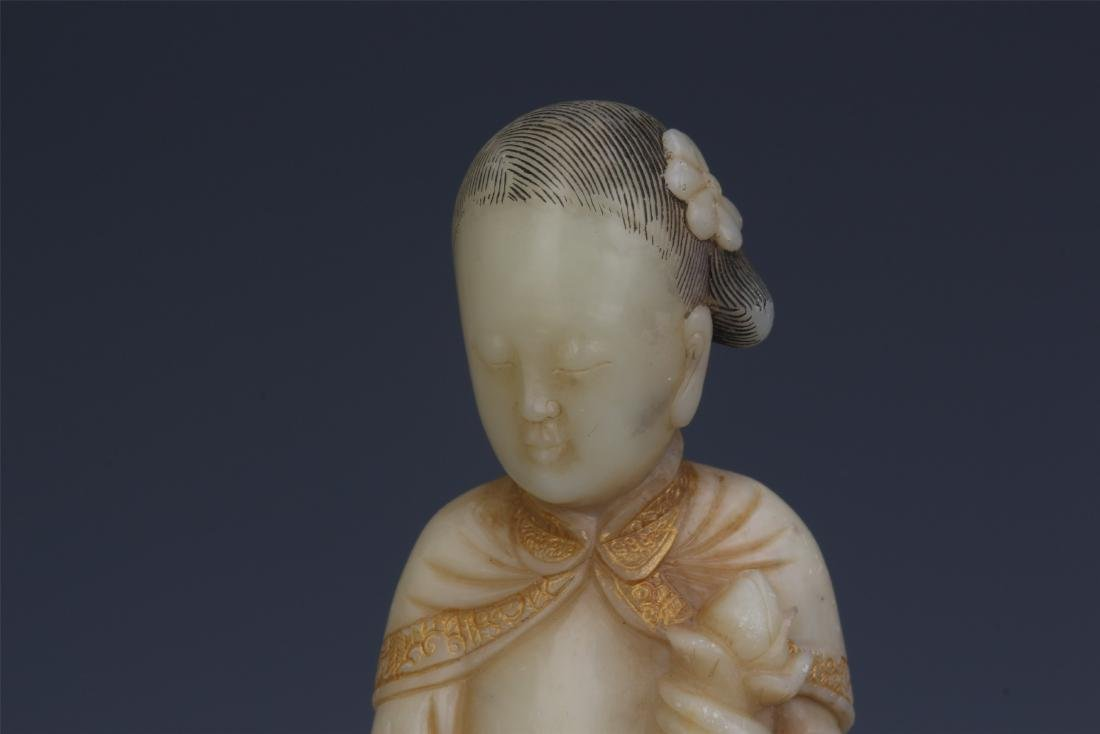 A Chinese Carved Soapstone Lady Figure - 3