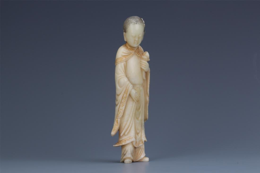 A Chinese Carved Soapstone Lady Figure - 5
