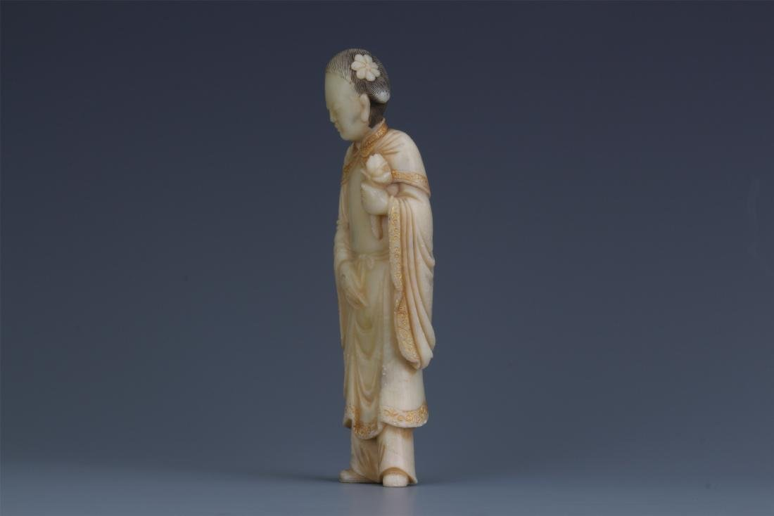 A Chinese Carved Soapstone Lady Figure - 8