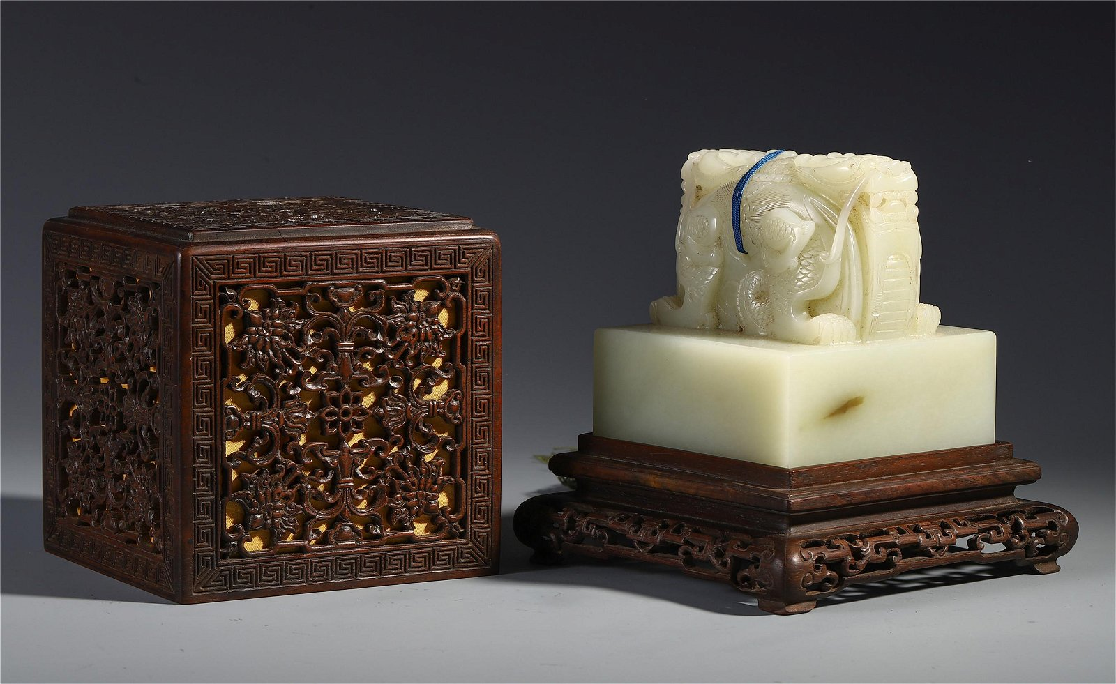 A Chinese White Jade Carved Dragon Seal (with Box