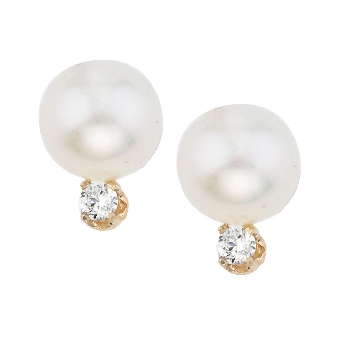 Certified 14kt Yellow Gold 7 mm Pearl and Diamond Stud