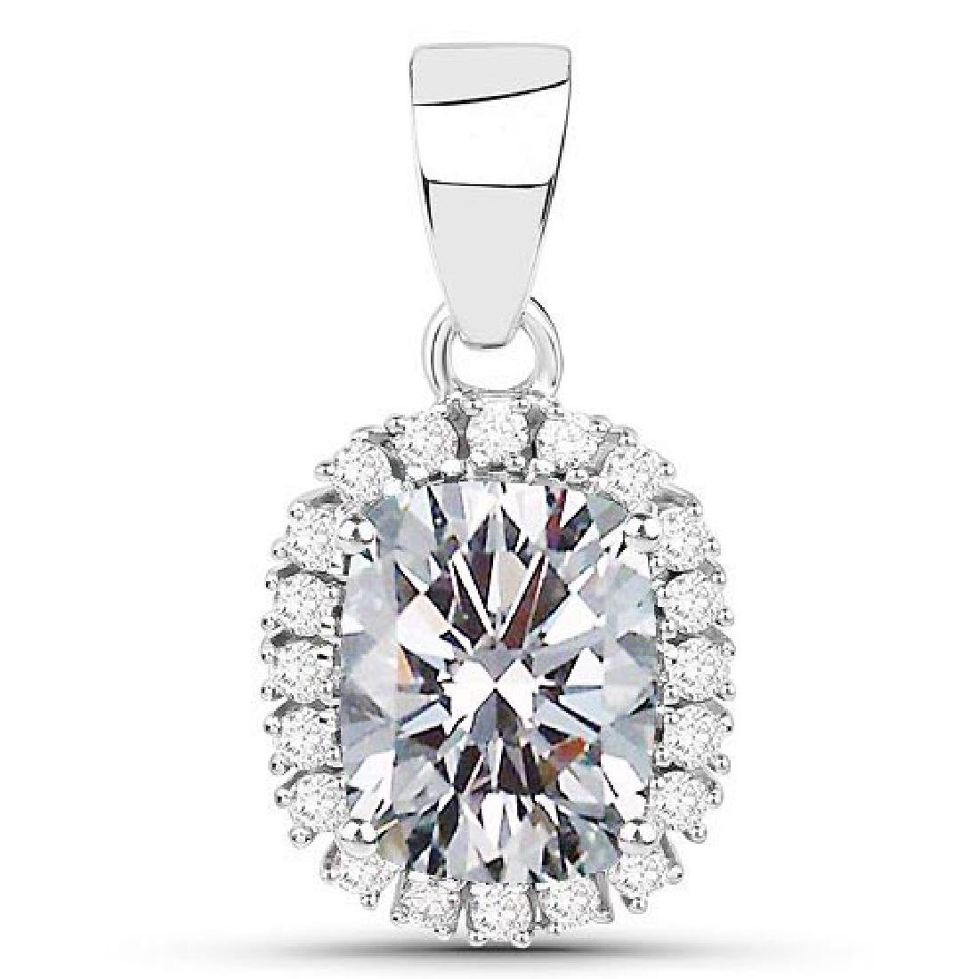 Certified 1.40 CTW Cussion Diamond 14K White Gold Penda