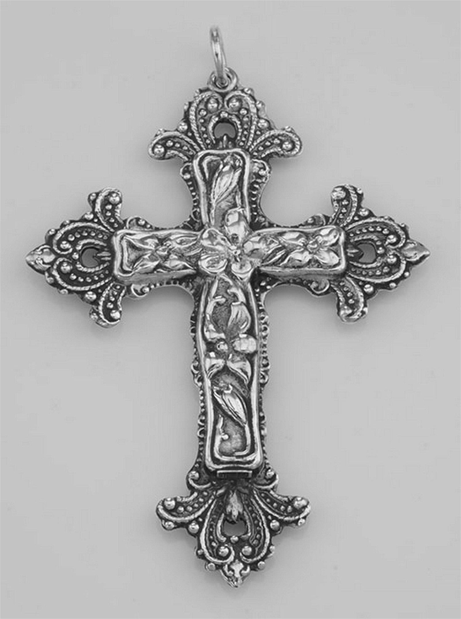 Sterling Silver Antiqued Flowered Cross Pendant