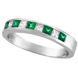 Princess-Cut Diamond and Emerald Ring Band 14k White Go