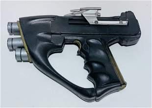 Andromeda (2000–2005) - Prop Blaster