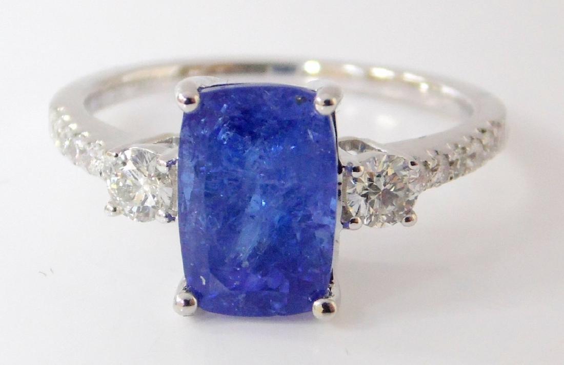 Larg Tanzanite and Diamond Dress Ring 18ct  White - 3