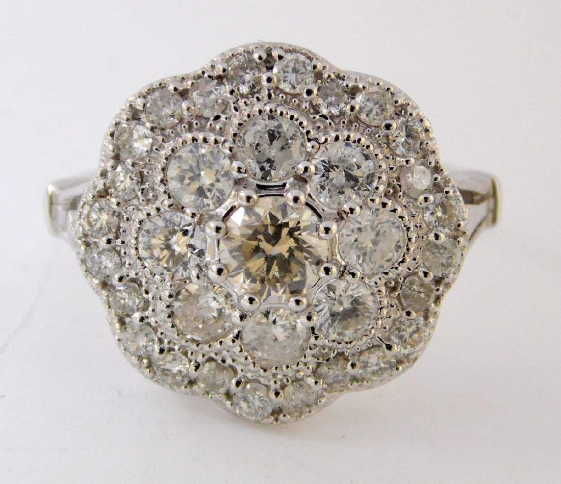 18ct White Gold Ladies 1.26ct Diamond Dress  Ring. - 3