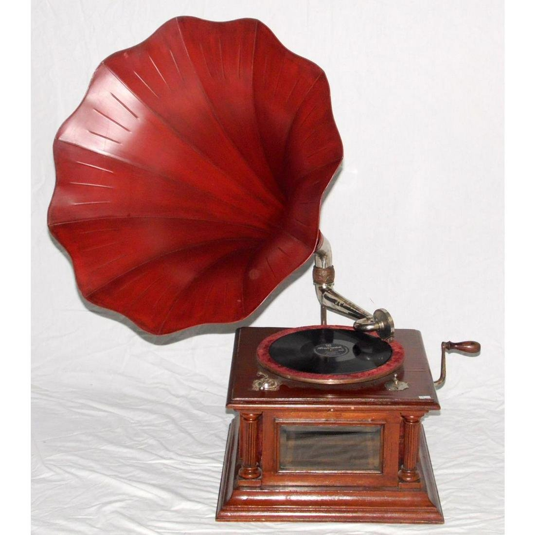 Early 20th century Wind up Table Top Gramophone