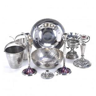 DIFFERENT SPANISH OBJECTS IN SILVER, SECOND AND MID