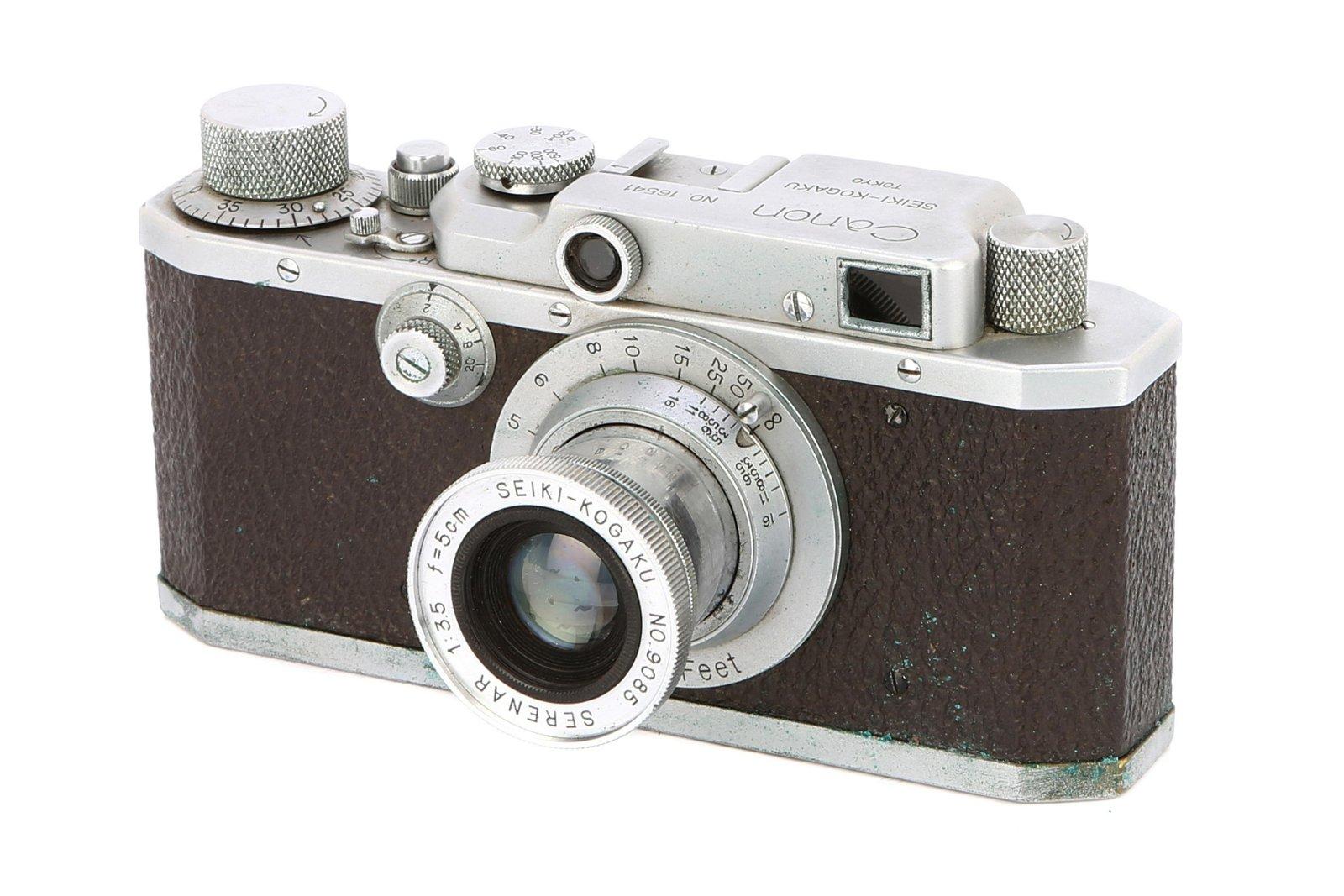 * A Canon S-II Seiki Kogaku Rangefinder Camera,