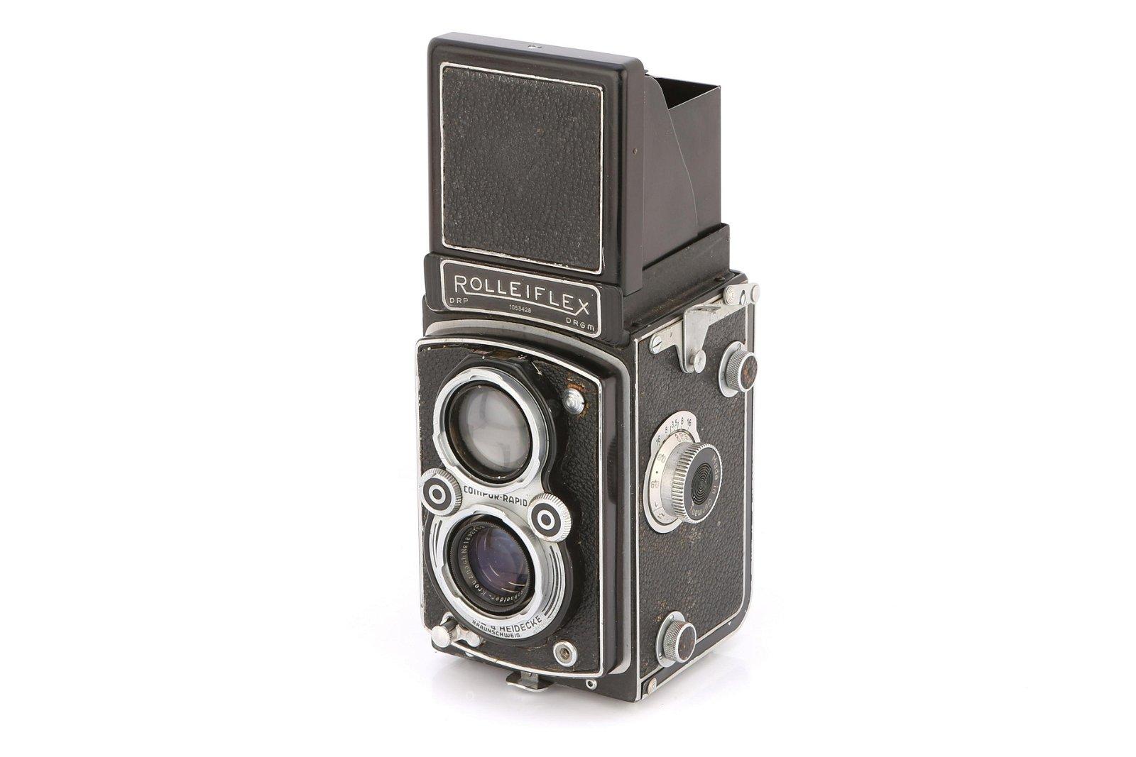 * A Rollei Rolleiflex Automat TLR Camera,