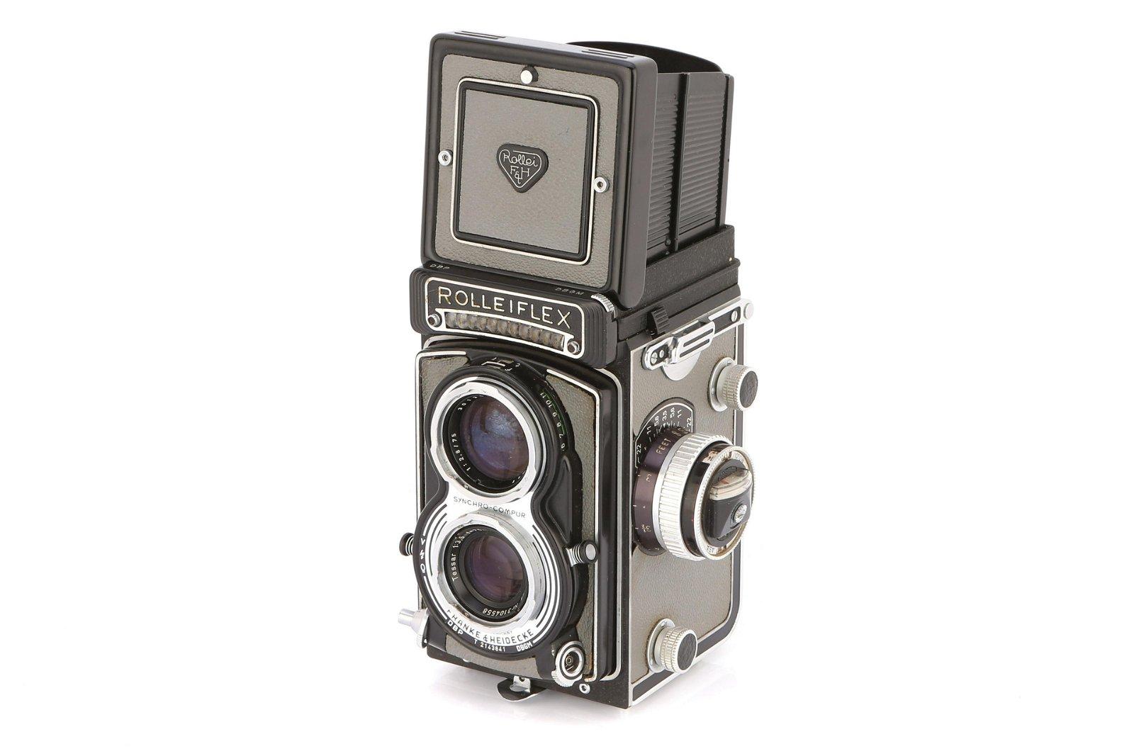 * A Rollei Rolleiflex 3.5T TLR Camera,