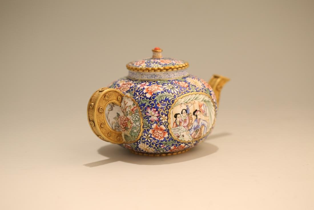 A Chinese Enamel Porcelain Tea Pot - 3