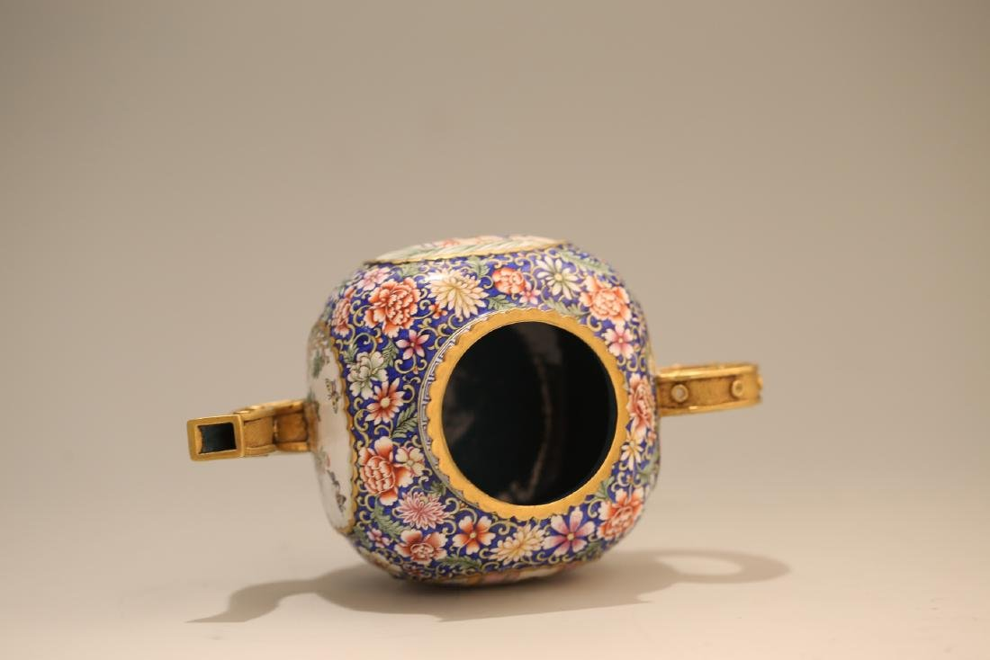 A Chinese Enamel Porcelain Tea Pot - 6
