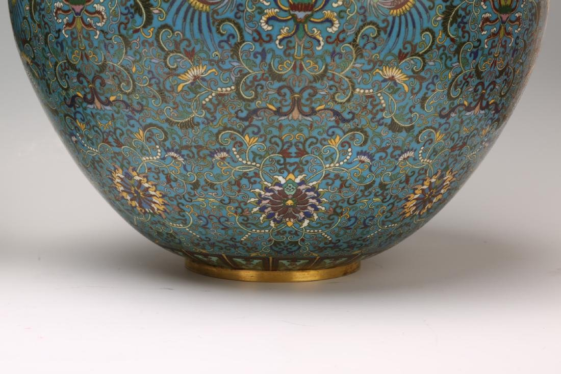 A Pair of Chinese Cloisonne Vases - 6