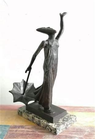 Bronze Sculpture Luna Con Parasol By Sergio Bustamante
