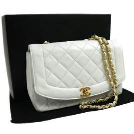 CHANEL Quilted Chain Shoulder Bag White Leather Vintage