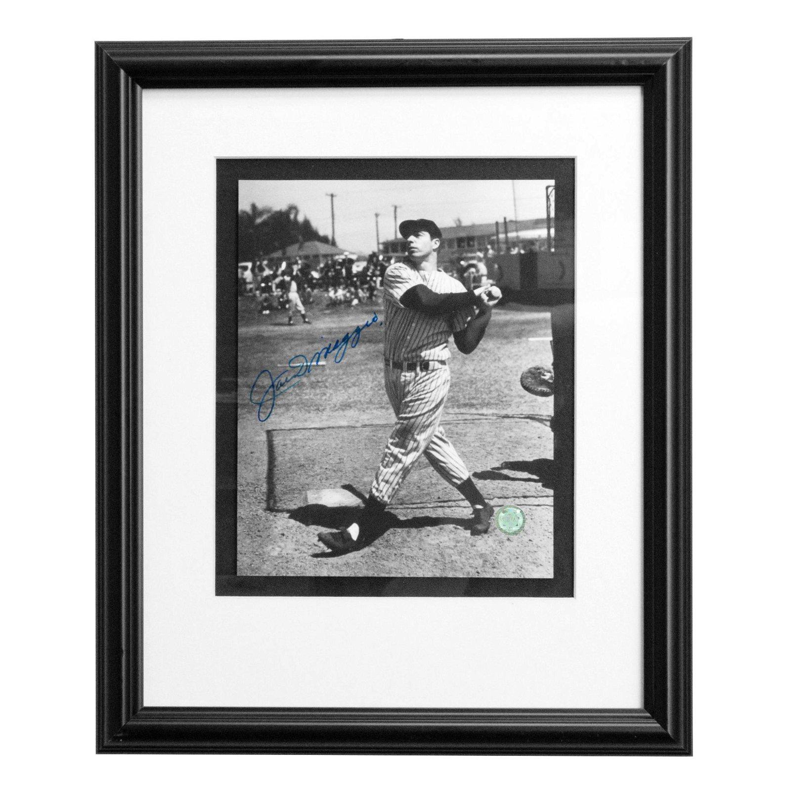 Joe DiMaggio New York Yankees 12x16 autograph GFA