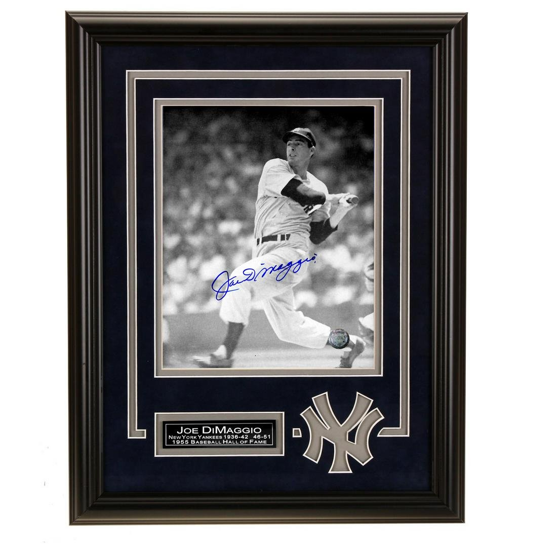 Joe DiMaggio New York Yankees 12x16 autograph GFA