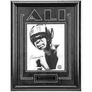 Muhammad Ali Heavyweight Champ 12x16 signed GFA