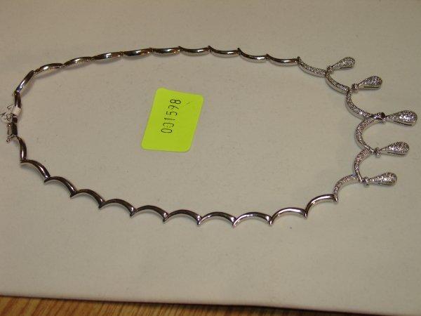 3598: White Gold Diamond Necklace