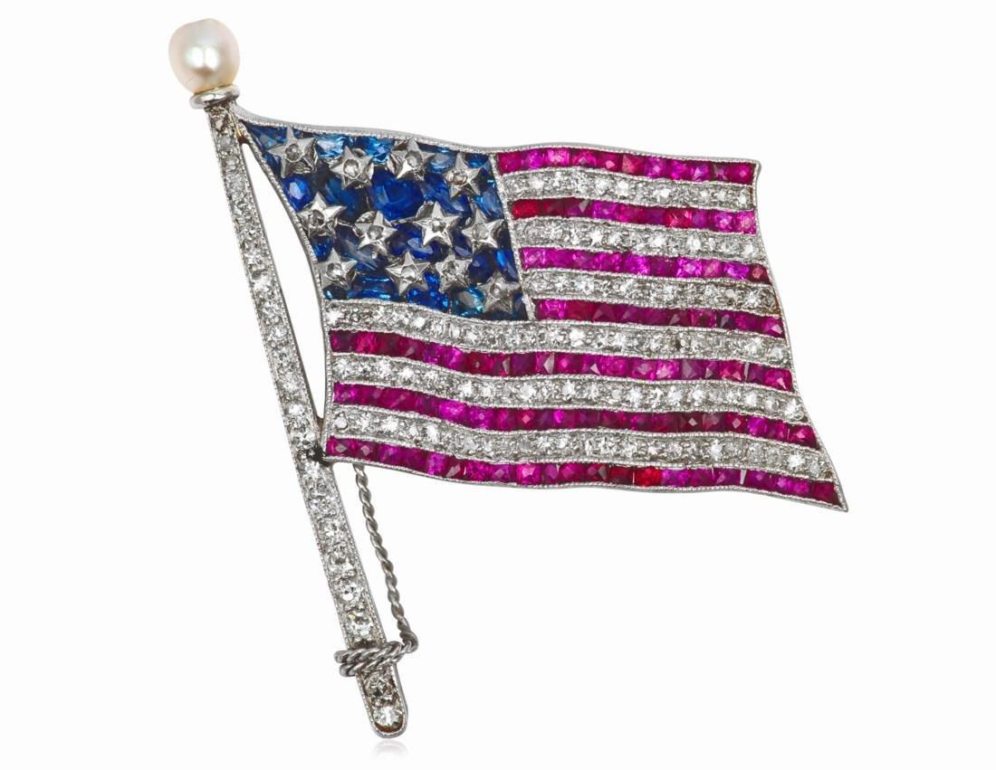 BAILEY BANKS & BIDDLE AMERICAN FLAG PIN