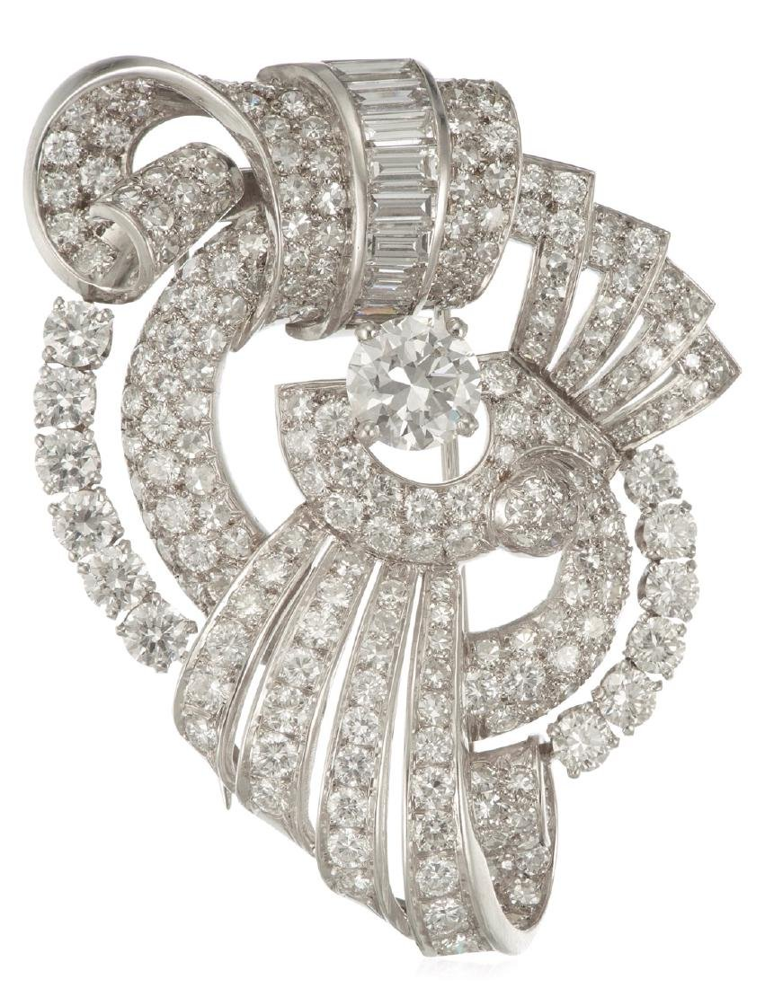 DIAMOND AND PLATINUM BROOCH WITH GIA REPORT