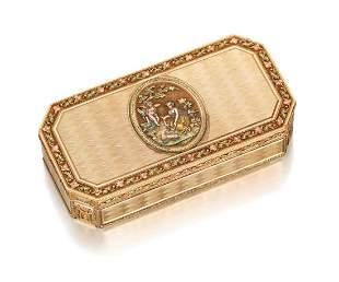 A SWISS VARI-COLOUR GOLD SNUFF-BOX