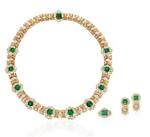 SET OF EMERALD AND DIAMOND JEWELRY WITH AGL REPORT