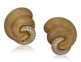 BUCCELLATI DIAMOND AND CULTURED PEARL EARRINGS