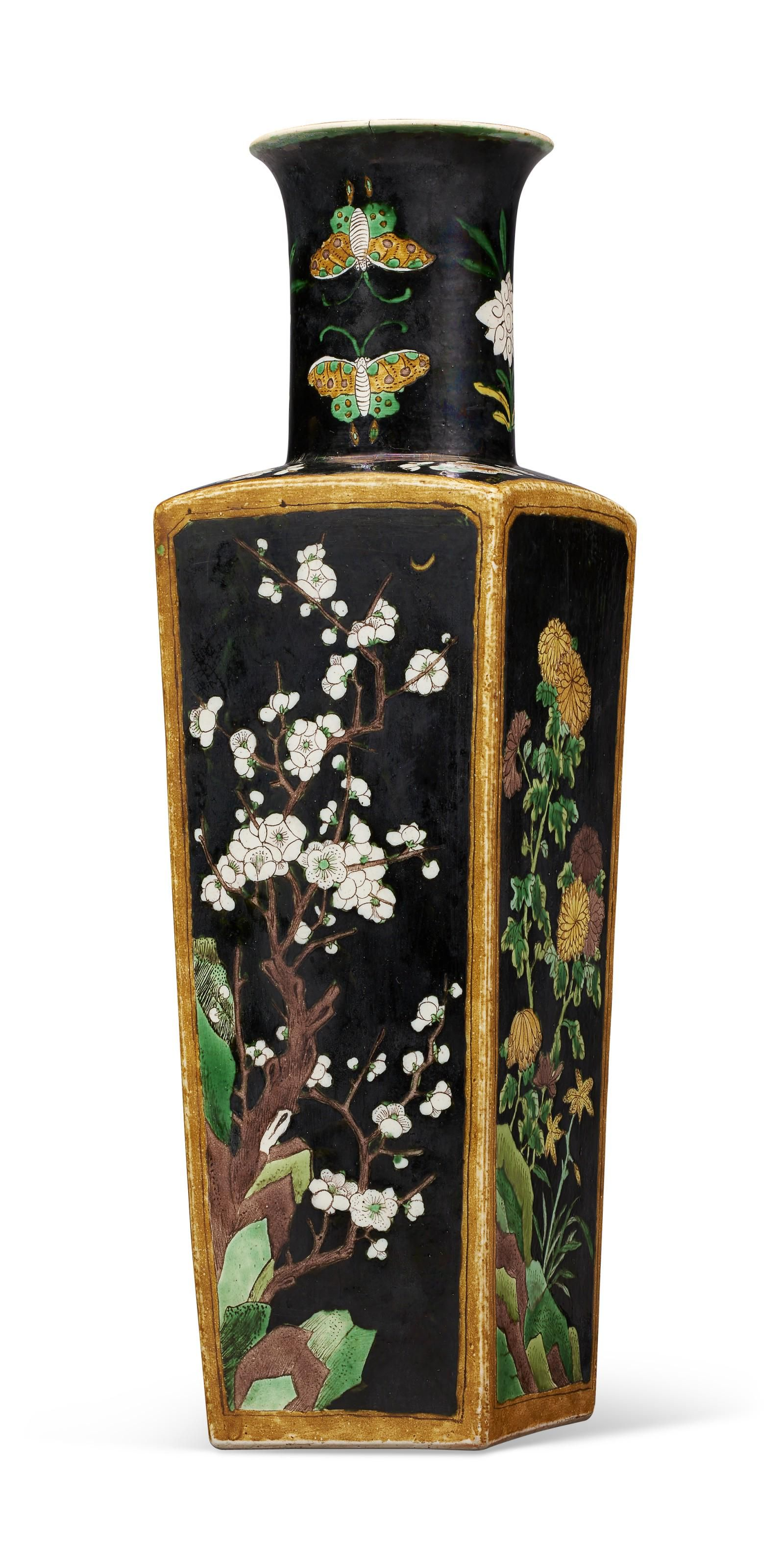 A CHINESE EXPORT FAMILLE NOIRE SQUARE VASE