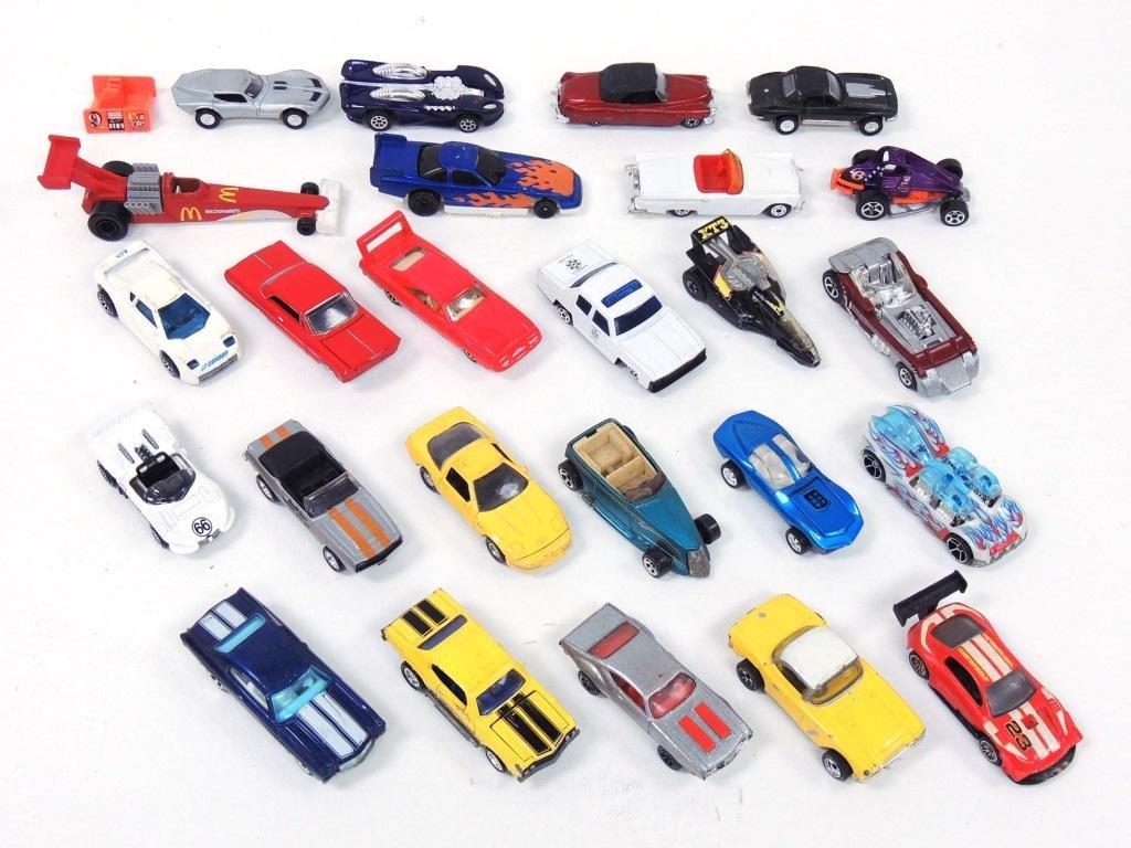 Matchbox & Hotwheels Cars (25)