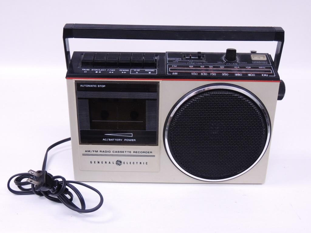 General Electric AM/FM Radio Cassette Recorder