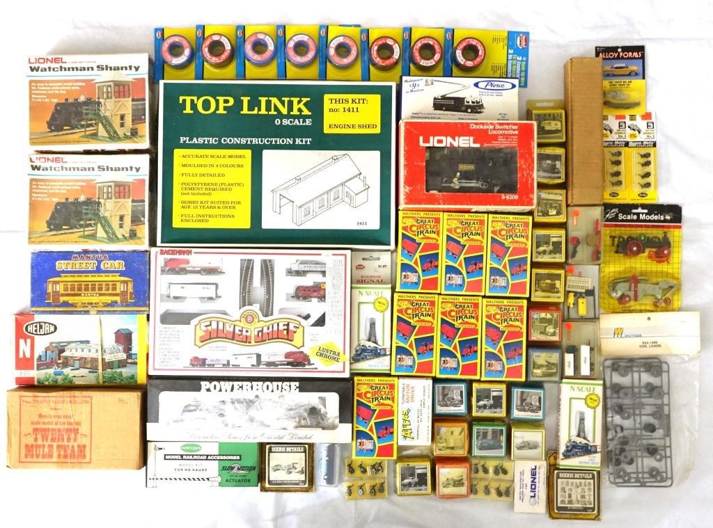 Miscellaneous Model Train Lot