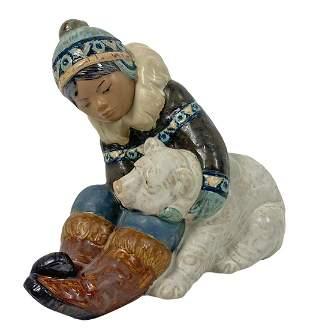 Lladro Eskimo Playing Porcelain Figure #2097