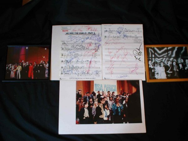 27: Live Aid/USA for Africa//We are the World Signed - 2