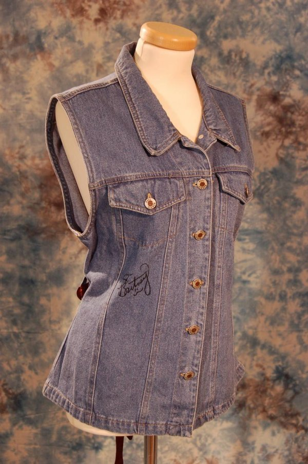 127: Britney Spear's Signed Denim Top