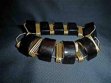 3139: Stevie Nicks' Personally worn Costume Jewellery.