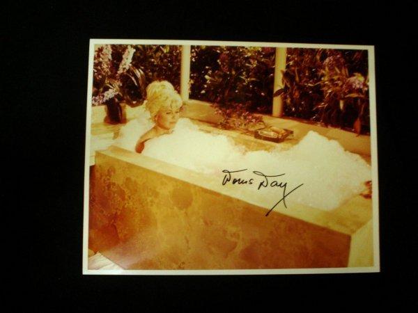 16: Doris Day – An unusually risqué 10x8 Photograph