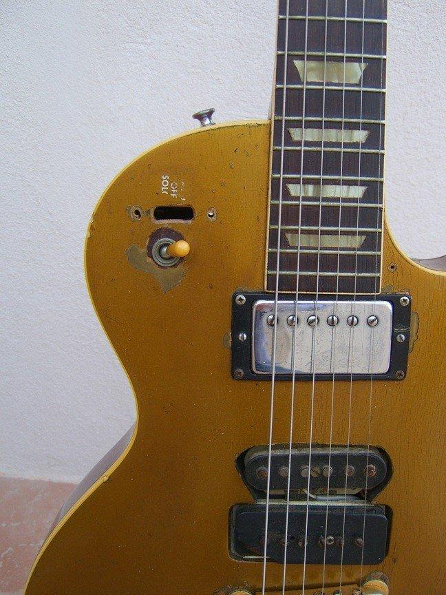 70: Frank Zappa's Les Paul Goldtop Guitar - 5