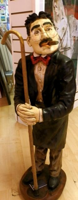 8: Groucho Marx Rare Peter Mook Statue