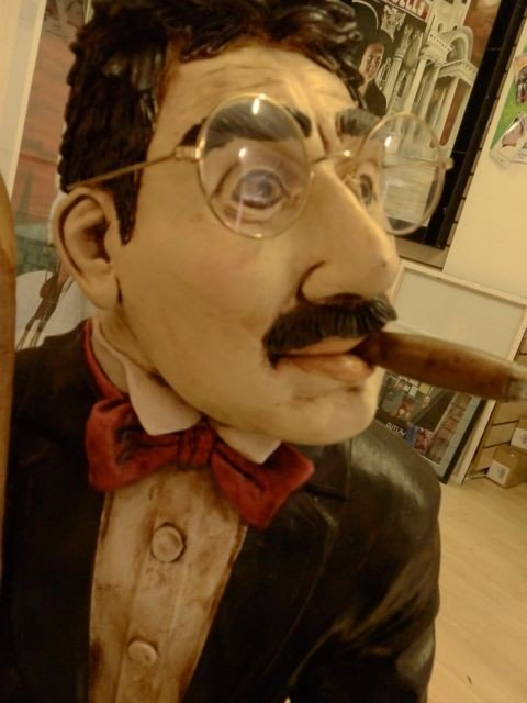 8: Groucho Marx Rare Peter Mook Statue - 3