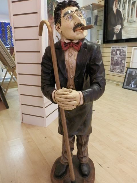 8: Groucho Marx Rare Peter Mook Statue - 4