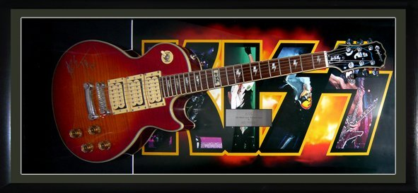 Kiss a limited Signed special edition Epiphone Les Paul