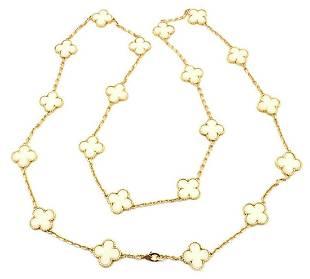 Van Cleef Arpels 18k Gold 20 Motif White Coral