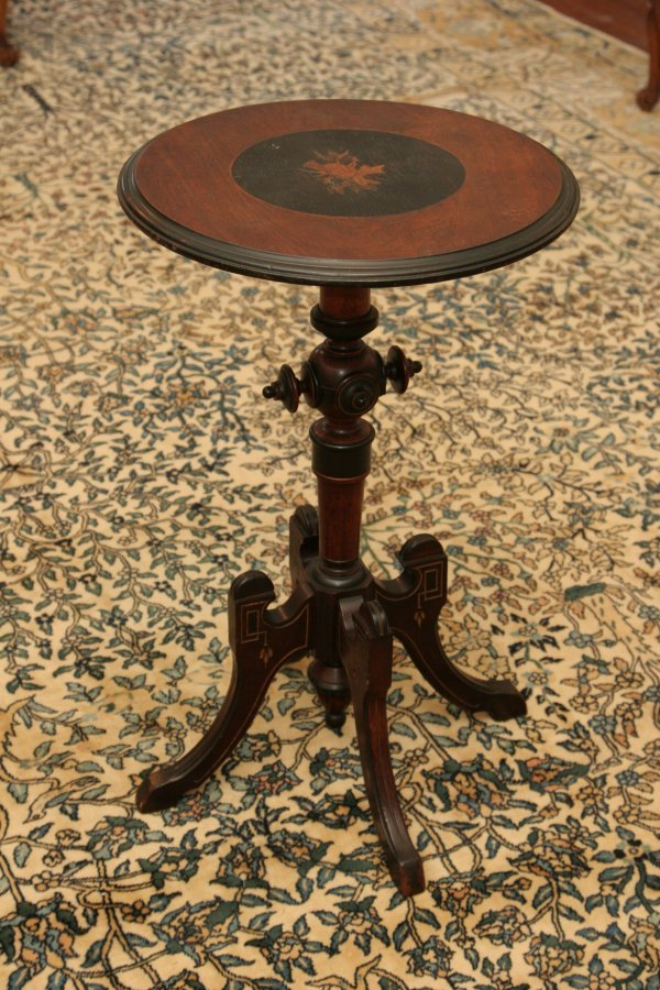 122: Victorian Table