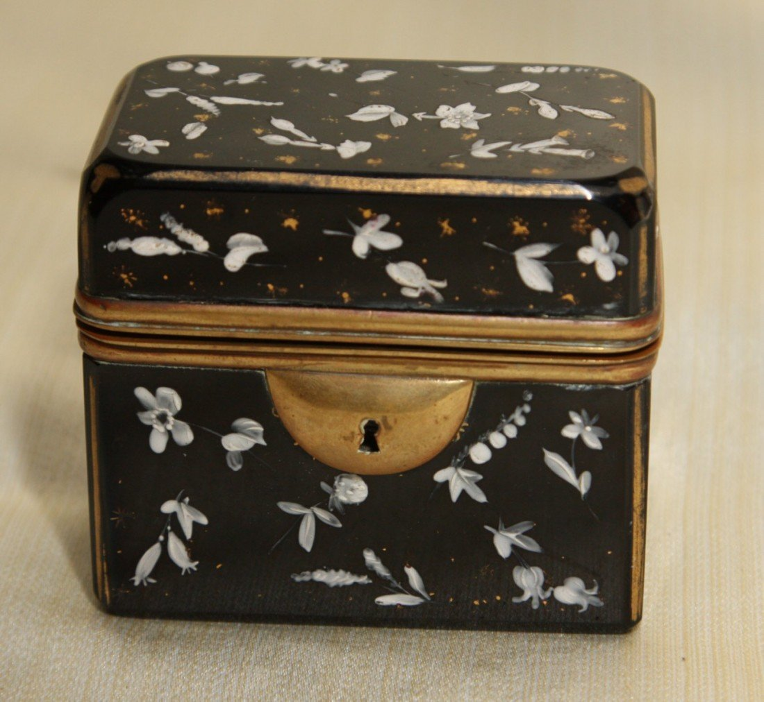 10: 19th Century Moser Style Lidded Box