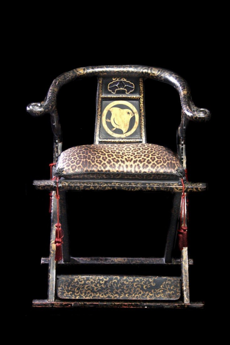 213: 19th C Japanese Throne Chair, Hand Painted Lacquer