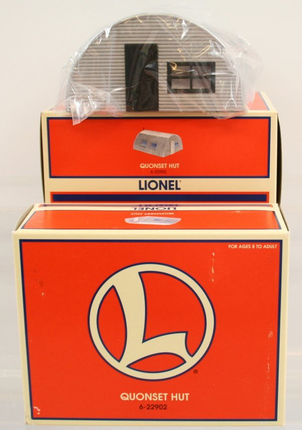 3: LOT OF 2 LIONEL QUONSET HUTS